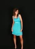 Bastante adolescente en alineada azul Imágenes de archivo libres de regalías