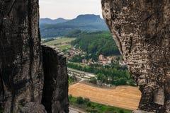 Bastei岩石美丽的景色  免版税库存图片