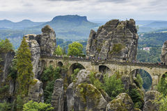 Bastei bro från klippan Ferdinand Stein Saxon Switzerland Royaltyfri Bild