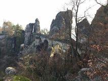 Bastei bro i den saxiska Schweiz Tyskland Sachsen fotografering för bildbyråer