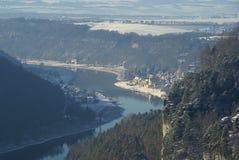 Bastei sikt på floden Elbe downriver Fotografering för Bildbyråer