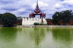Bastion på den Mandalay slotten. Arkivfoto
