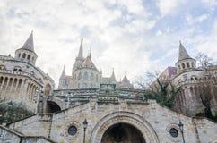 Bastione del ` s del pescatore nello stile neogotico e neo-romanico, punto di riferimento di Budapest Fotografia Stock