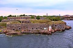 Bastioner av den finlandssvenska fästningen Suomenlinna i Helsingfors, Finland arkivbilder