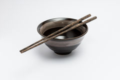 Bastoncini e ciotola di stile giapponese Immagini Stock Libere da Diritti