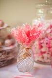 Bastoncino di zucchero candito alla Tabella di buffet Fotografia Stock