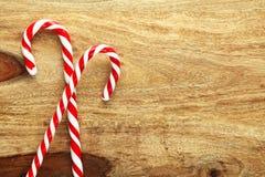 Bastones de caramelo de la Navidad imagen de archivo libre de regalías
