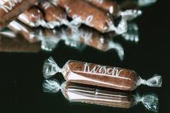 Bastoni del cioccolato con il liquore dei kirsch fotografia stock