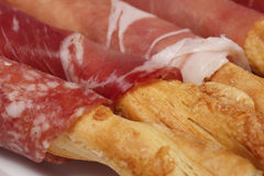 Bastoni del formaggio con carne e salame Immagine Stock Libera da Diritti