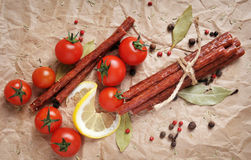 Bastoni del manzo o salsiccie, vista superiore Fotografia Stock Libera da Diritti