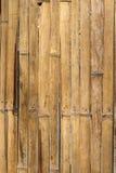 Bastoni di bambù montati in un comitato Fotografie Stock
