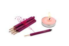 Bastoni e candela dell'aroma Fotografie Stock