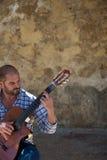 bastos吉他弹奏者joao manuel 免版税库存图片