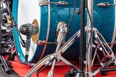 Bastrommel van drumstel met op de openluchtoverlegclose-up Royalty-vrije Stock Fotografie
