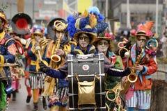 Bastrommel van kleurrijke het marcheren band bij Carnaval-parade, Stuttgar Royalty-vrije Stock Foto