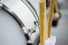 Bastrummapinnar på dums Arkivbild