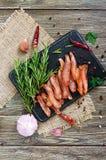 Basturma espasmódico Partes de carne com pimenta vermelha Aperitivo asiático tradicional da carne fotografia de stock