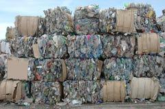 Basura del plástico para reciclar Fotos de archivo