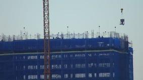 Basztowego żurawia Przemysłowa Betonowa budowa Azja zbiory wideo
