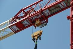 Basztowego żurawia elementy na placu budowy Obrazy Royalty Free