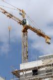 Basztowego żurawia elementy na placu budowy Obrazy Stock