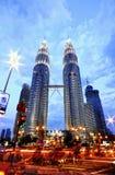 basztowi Petronas bliźniacy Zdjęcia Royalty Free