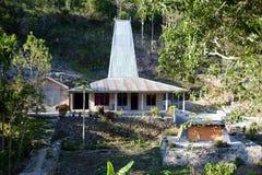 Basztowy dom lub magistrala dom w Zachodnim Sumba zdjęcie royalty free