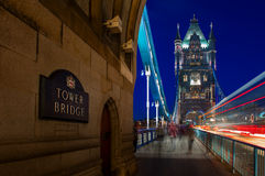 Basztowy most na Rzecznym Thames w Londyn, Anglia Obraz Royalty Free