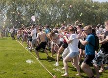 Bataille épique de ballon d'eau Image libre de droits