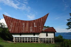 batak房子印度尼西亚样式苏门答腊 免版税库存照片