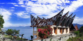 Batak样式议院全景。 图库摄影