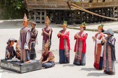 Batak舞蹈在苏门答腊,印度尼西亚 免版税库存图片