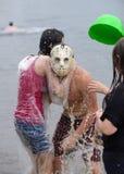 Batalha da água na praia de Kiev Foto de Stock