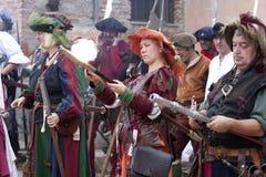 Batalha de Pavia: Mulheres de Landsknechts foto de stock royalty free