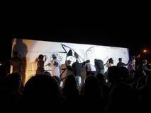 Batalha dos grafittis da pintura à pistola na fase Imagens de Stock