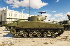 Batalistycznego zbiornika retro eksponat militarnej historii muzeum, Rosja, Yekaterinburg, 31 03 2018 Zdjęcie Royalty Free