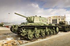 Batalistycznego zbiornika retro eksponat militarnej historii muzeum, Rosja, Yekaterinburg, 31 03 2018 Obraz Stock