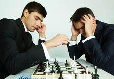 Batalla del ajedrez Imagen de archivo libre de regalías