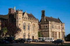 BATALLA, SUSSEX/UK DEL ESTE - 30 DE JUNIO: Sol de la tarde en la abadía S de la batalla Fotos de archivo libres de regalías