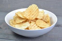 Batata Chip On Bowl Imagem de Stock