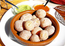 Batatas com mojo Imagens de Stock