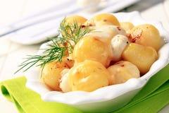 Batatas com queijo imagem de stock