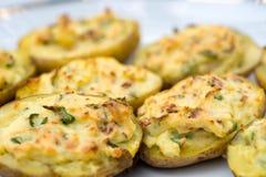 Batatas cozidas enchidas Foto de Stock