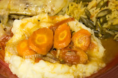 Batatas trituradas e cenouras cortadas Fotos de Stock Royalty Free