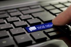 Bate-papo azul do botão Imagens de Stock Royalty Free