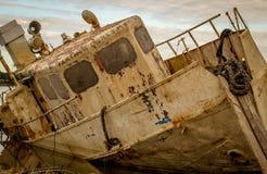 Bateau abandonné Photographie stock libre de droits