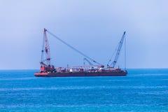 Bateau auxiliaire de traction subite de port Photos stock