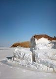 Bateau congelé dans la glace Images stock