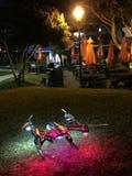 Bateau d'appareil-photo de bourdon d'UAV mangeant chez Andreas Seafood Images stock