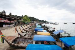 Bateau d'arrière de Loang à l'île de phi de phi Photographie stock